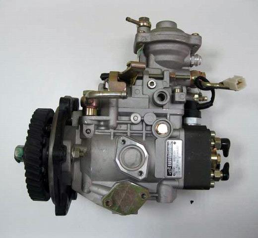 на простой в эксплуатации и дешевый в обслуживании рядный или одноплунжерный (VE) механический ТНВД (предыдущих моделей Hino)