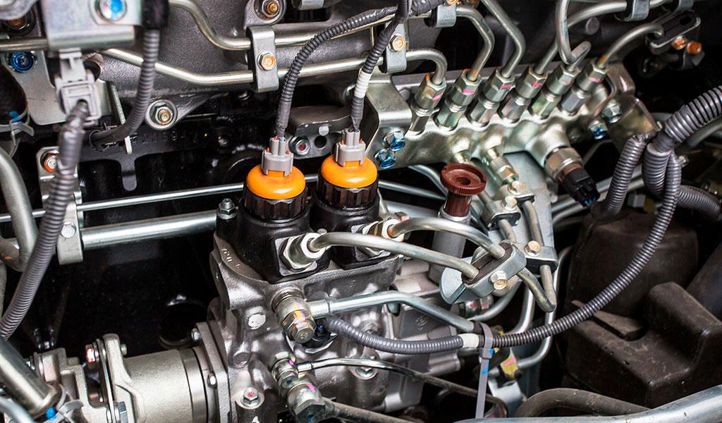 Производим замену электронного ТНВД Common Rail, форсунок Common Rail на грузовиках Isuzu на рядный механический (предыдущих моделей Isuzu)